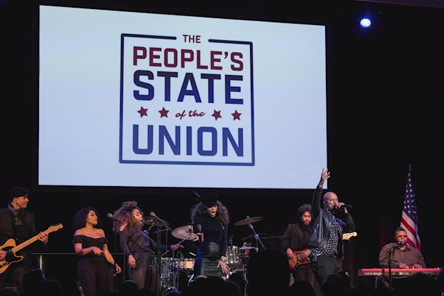 "Andra Day, and Common perform their Grammy and Oscar-nominated song ""€œStand Up for Something""€ from the movie Marshall. At ""The People's State Of The Union"" at The Town Hall theater in New York City, NY, on Jan. 29, 2018. (Photo: Cheriss May/NurPhoto)"