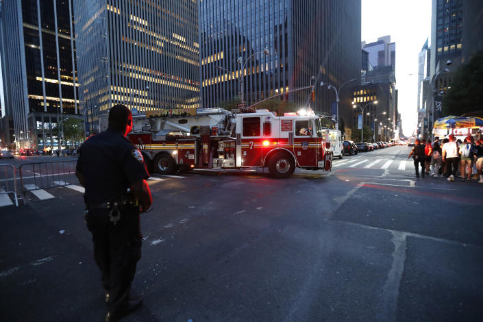 Fire trucks respond during a widespread power outage in the Manhattan borough of New York, Saturday, July 13, 2019. (Photo: Michael Owens/AP)