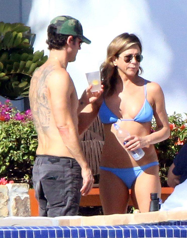 A bikini-clad Jennifer Aniston celebrated her 48th birthday with friends in Los Cabos, Mexico, in February. (Photo: FameFlynet)
