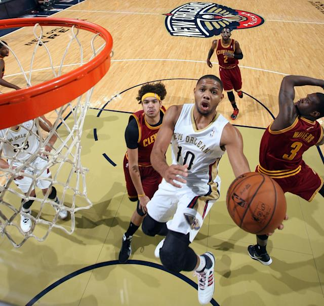 NEW ORLEANS, LA - NOVEMBER 22: Eric Gordon #10 of the New Orleans Pelicans glides to the basket against the Cleveland Cavaliers during an NBA game on November 22, 2013 at the New Orleans Arena in New Orleans, Louisiana. (Photo by Layne Murdoch/NBAE via Getty Images)