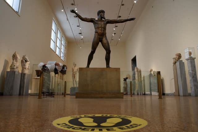 Museums reopen in Greece