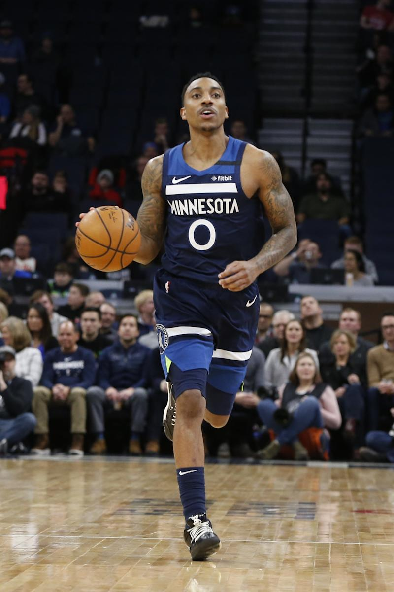 Wolves, Hawks swap guards Teague, Crabbe on expiring deals