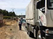 Aid convoys head to besieged Syria towns