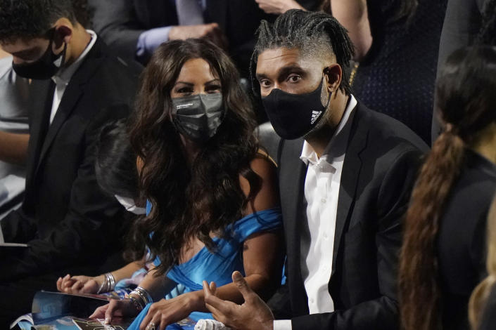 Tim Duncan, right, looks on before the 2020 Basketball Hall of Fame enshrinement ceremony, Saturday, May 15, 2021, in Uncasville, Conn. (AP Photo/Kathy Willens)