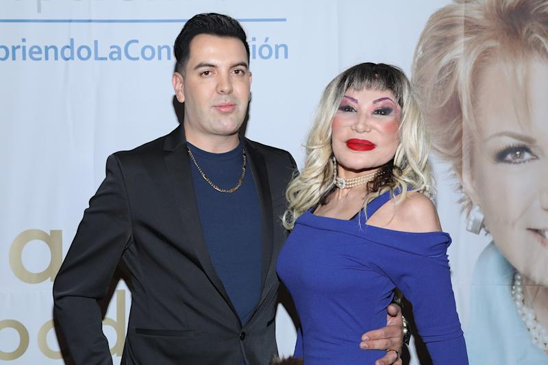 "MEXICO CITY, MEXICO - OCTOBER 16: (L-R) Markos D1 and Lyn May attend the ""Todo Para La Mujer"" 30th Anniversary Red Carpet at Live Aqua hotel on October 16, 2019 in Mexico City, Mexico (Photo by Victor Chavez/Getty Images)"