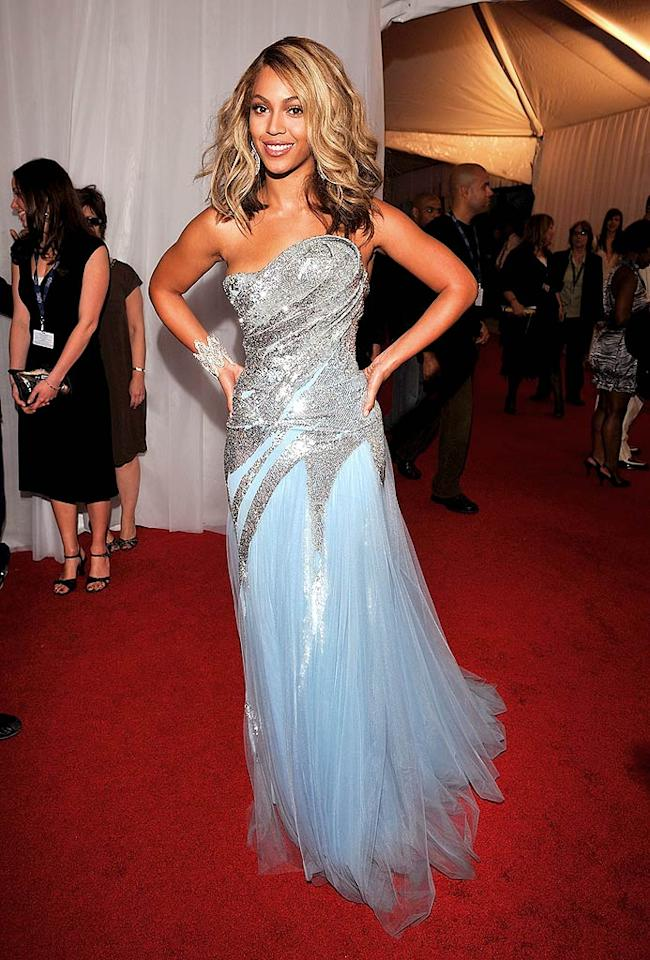 "Beyonce arrived solo at the 50th Annual Grammy Awards at the Staples Center in downtown Los Angeles. This year, the ""Irreplaceable"" diva donned a frosty Elie Saab frock that looked more appropriate for the Ice Capades. Lester Cohen/<a href=""http://www.wireimage.com"" target=""new"">WireImage.com</a> - February 10, 2008"