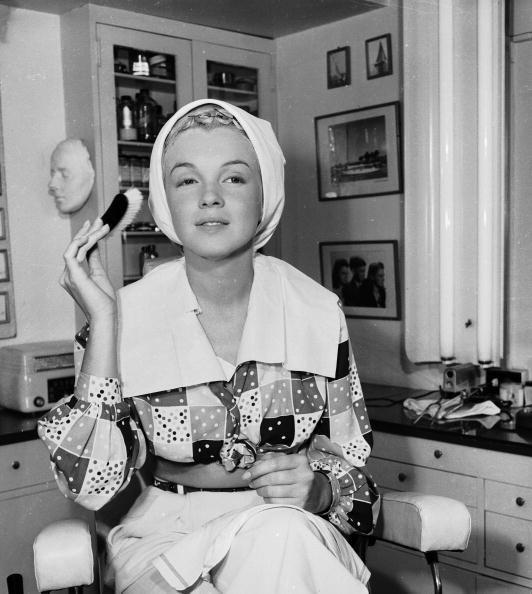 <p>Marilyn learned to apply makeup to create a very specific screen persona for herself. </p>