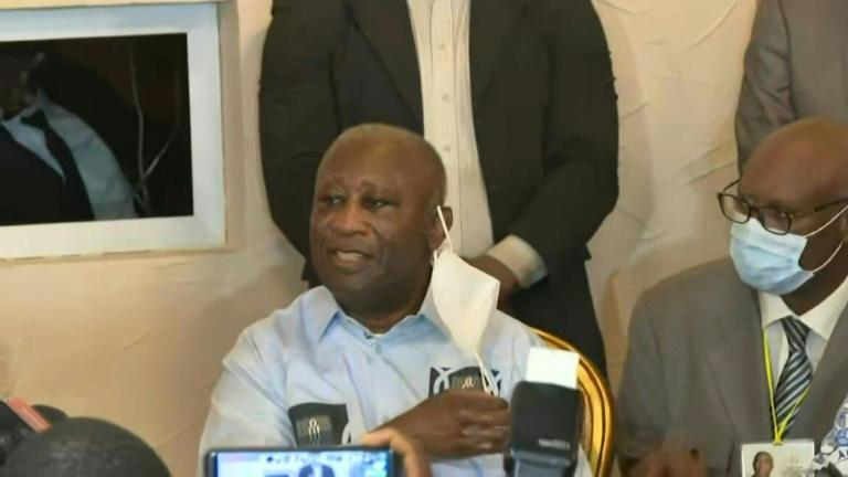 Former Ivorian president Laurent Gbagbo cheered on by supporters in Abidjan