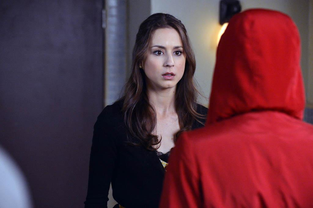 """A dAngerous gAme"" - The Liars are seeing red as they attempt to put an end to the game in ""A dAngerous gAme,"" the Season Three finale of ABC Family's hit original series, ""Pretty Little Liars."""