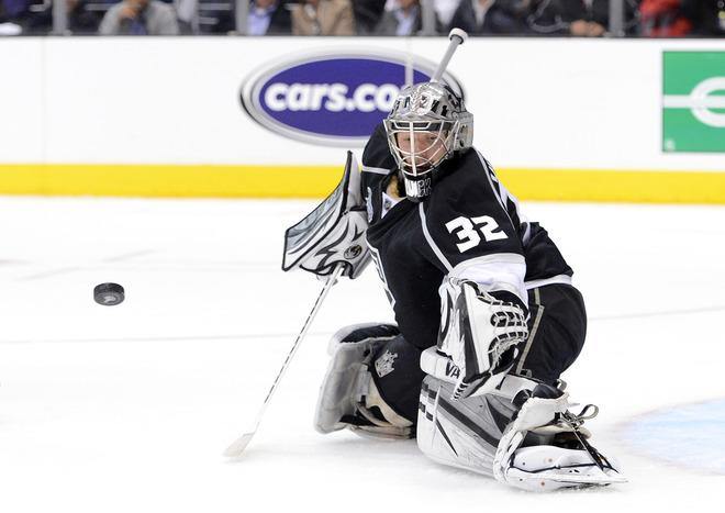 LOS ANGELES, CA - JUNE 11:  Goaltender Jonathan Quick #32 of the Los Angeles Kings makes a save in Game Six of the 2012 Stanley Cup Final at Staples Center on June 11, 2012 in Los Angeles, California.  (Photo by Harry How/Getty Images)