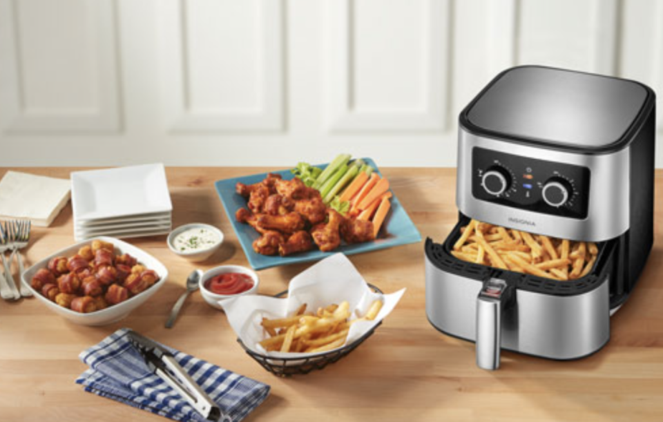 Best Buy Canada's Top Deals of the week include this popular air fryer.
