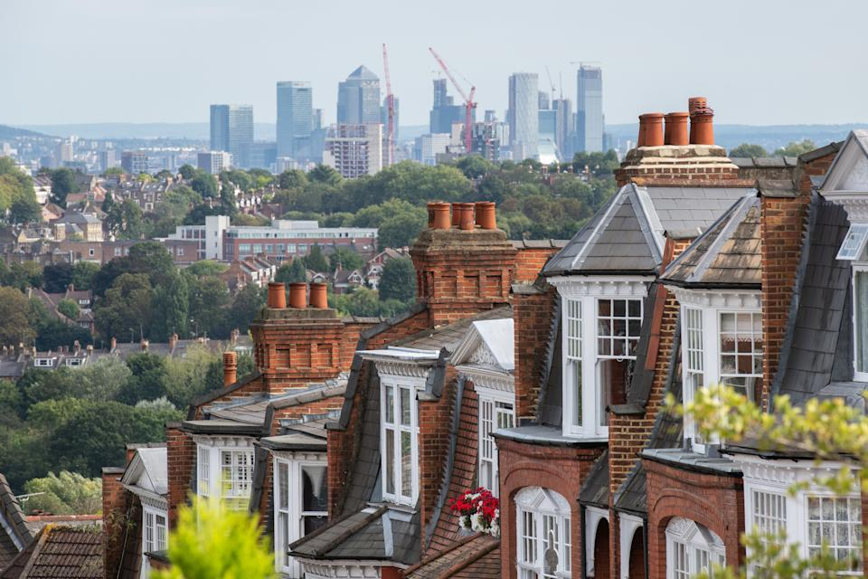 General view of Victorian housing and the Canary Wharf skyline in Muswell Hill, north London. Photo credit should read: Matt Crossick/Empics