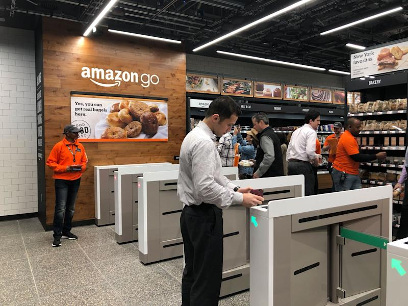 A customers scans to get into Amazon Go store. (Krystal Hu/Yahoo Finance)