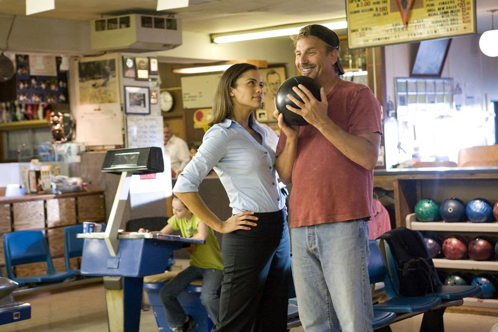 "<a href=""http://movies.yahoo.com/movie/contributor/1809152346"">Paula Patton</a> and <a href=""http://movies.yahoo.com/movie/contributor/1800017042"">Kevin Costner</a> in Walt Disney Pictures' <a href=""http://movies.yahoo.com/movie/1809914568/info"">Swing Vote</a> - 2008"