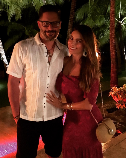 """<p>We're guessing Sofia Vergara and her hunky hubby, Joe Manganiello, also spent Christmas south of the border since the <i>Modern Family</i> siren captioned this pic, """"Feliz Navidad."""" (Photo: <a rel=""""nofollow noopener"""" href=""""https://www.instagram.com/p/BObu0BZg--A/"""" target=""""_blank"""" data-ylk=""""slk:Instagram"""" class=""""link rapid-noclick-resp"""">Instagram</a>) </p>"""