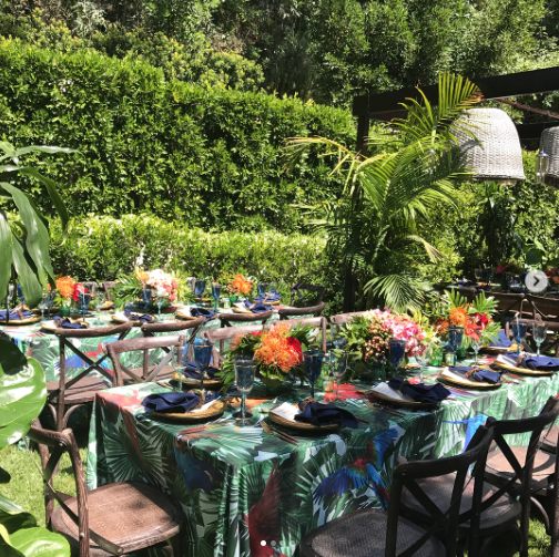 "<p>""Details! gracias @clarissa_rezende u are simply the best!!!"" the hostess gushed beside a snapshot showing her backyard after it had been transformed into a tropical paradise. (Photo: <a href=""https://www.instagram.com/p/BUr_fSXlRIF/"" rel=""nofollow noopener"" target=""_blank"" data-ylk=""slk:Sofia Vergara via Instagram"" class=""link rapid-noclick-resp"">Sofia Vergara via Instagram</a>) </p>"