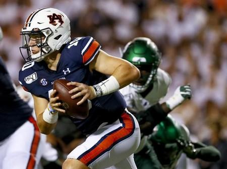 No. 8 Auburn opens SEC play at No. 17 Texas A&M