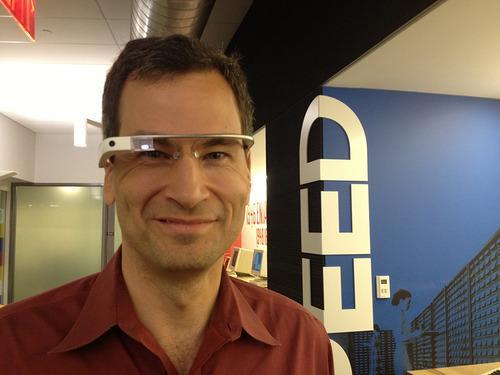David Pogue wearing Google Glass