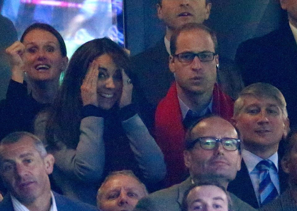 LONDON, UNITED KINGDOM - OCTOBER 10: (EMBARGOED FOR PUBLICATION IN UK NEWSPAPERS UNTIL 48 HOURS AFTER CREATE DATE AND TIME) Prince William, Duke of Cambridge and Catherine, Duchess of Cambridge attend the Australia v Wales match during the Rugby World Cup 2015 at Twickenham Stadium on October 10, 2015 in London, England. (Photo by Max Mumby/Pool/Indigo/Getty Images)