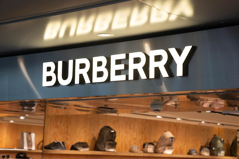 HONG KONG, CHINA - 2019/08/02: British fashion brand Burberry logo seen at their store in Hong Kong airport. (Photo by Geovien So/SOPA Images/LightRocket via Getty Images)