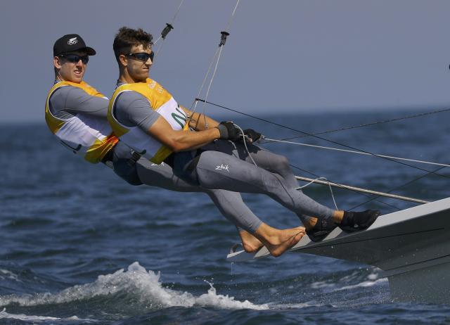 2016 Rio Olympics - Sailing - Preliminary - Men's Skiff - 49er - Race 7/8/9 - Marina de Gloria - Rio de Janeiro, Brazil - 15/08/2016. Peter Burling and Blair Tuke (NZL) from New Zealand compete. REUTERS/Brian Snyder FOR EDITORIAL USE ONLY. NOT FOR SALE FOR MARKETING OR ADVERTISING CAMPAIGNS.