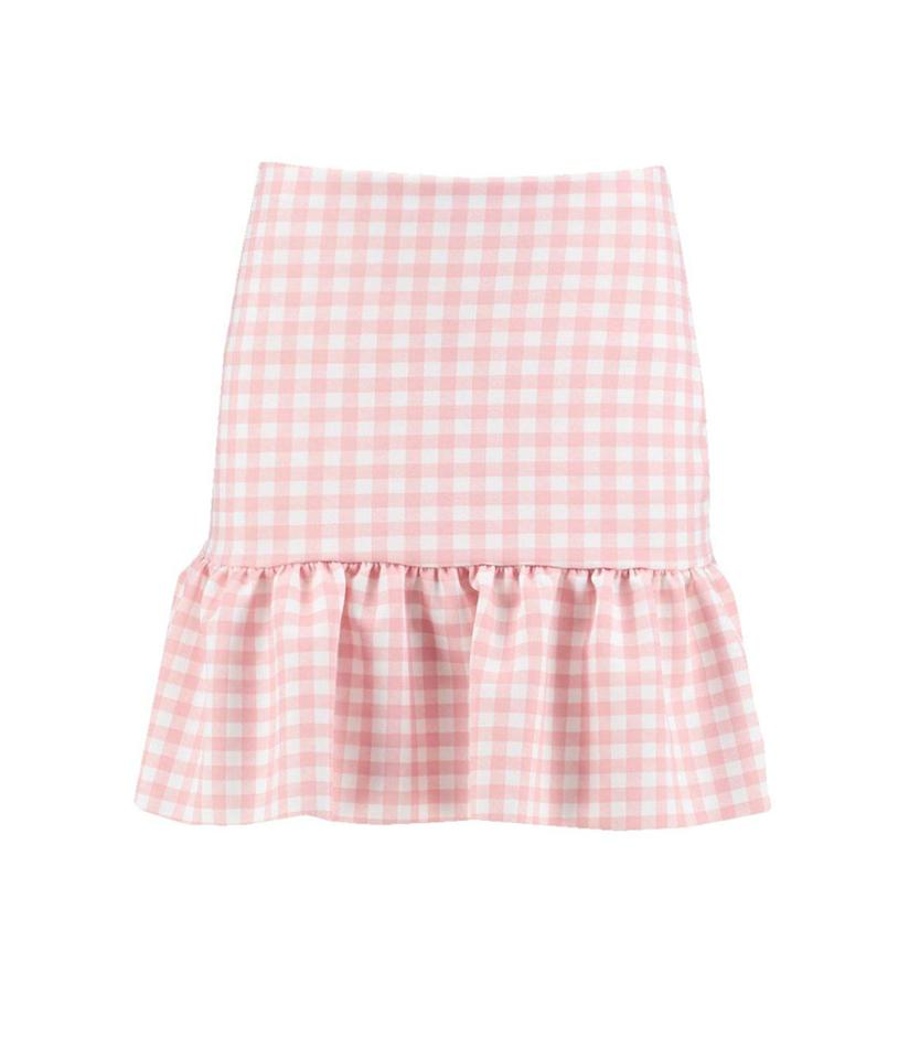 "<p>Luna gingham drop-peplum mini-skirt, $16, <a rel=""nofollow"" href=""http://us.boohoo.com/luna-gingham-drop-peplum-mini-skirt/DZZ51940.html?color=158"">boohoo.com</a> </p>"