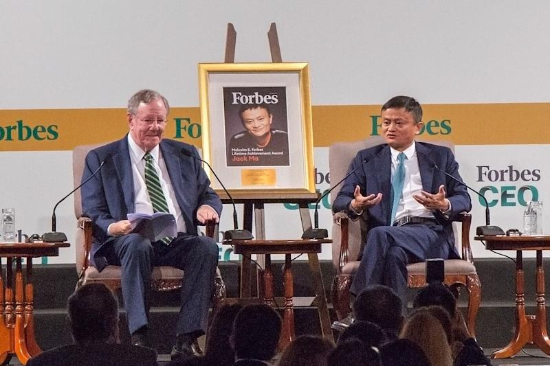 In Conversation: Jack Ma talks to Steve Forbes at the Forbes Global CEO Conference in Singapore. (PHOTO: Dhany Osman/Yahoo News)