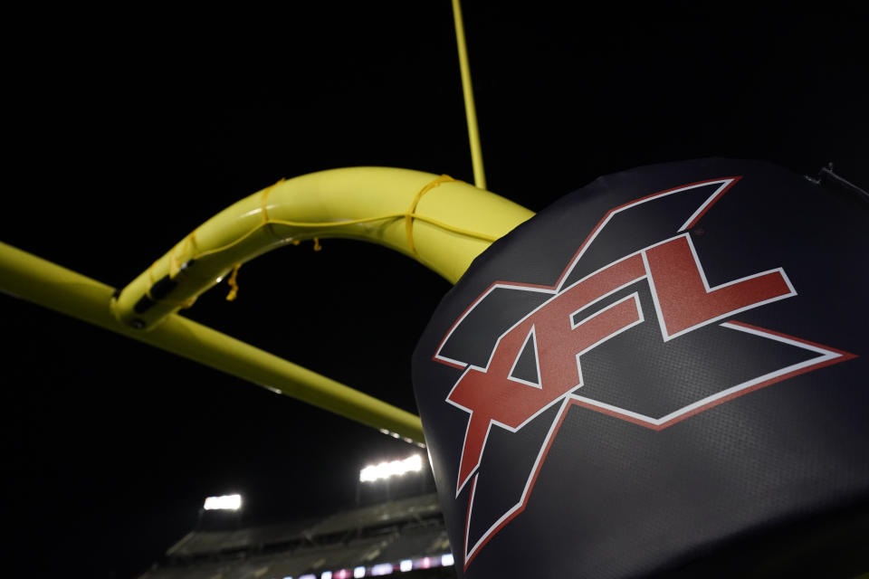 CFL logo on the goal post.