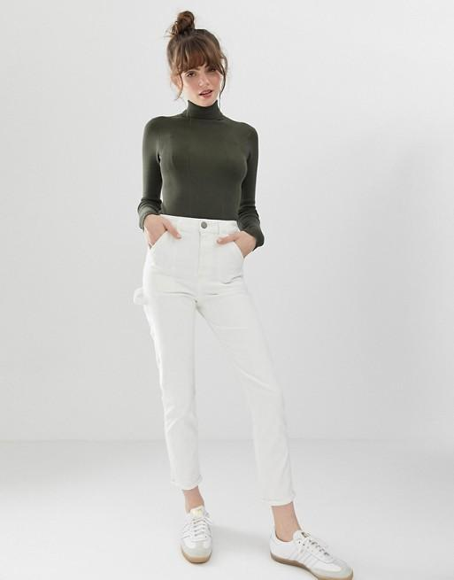 """<br> <br> <strong>ASOS DESIGN</strong> Farleigh High Waist Slim Mom Jeans , $, available at <a href=""""https://go.skimresources.com/?id=30283X879131&url=https%3A%2F%2Fus.asos.com%2Fasos-design%2Fasos-design-farleigh-high-waist-slim-mom-jeans-in-off-white-with-painter-styling%2Fprd%2F10728214"""" rel=""""nofollow noopener"""" target=""""_blank"""" data-ylk=""""slk:ASOS"""" class=""""link rapid-noclick-resp"""">ASOS</a>"""