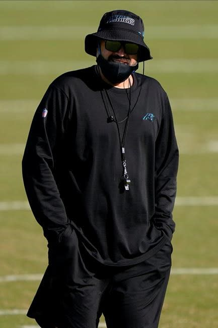 Panthers' Rhule dealing with eye issue as season approaches