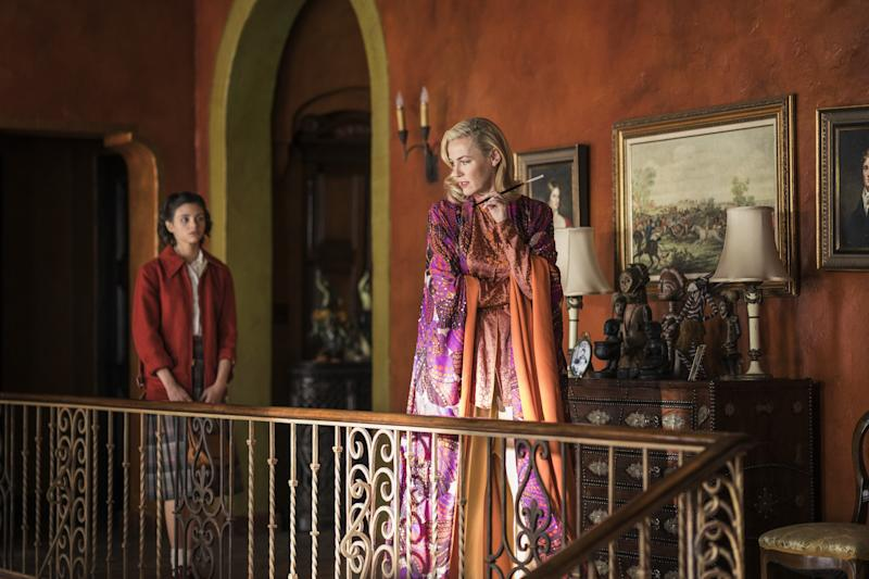 For the home of Corinna Hodel (Connie Nielsen), the crew found a house in Sierra Madre that had to be completely stripped, painted, and re-dressed with period- and character-appropriate artwork and furniture.