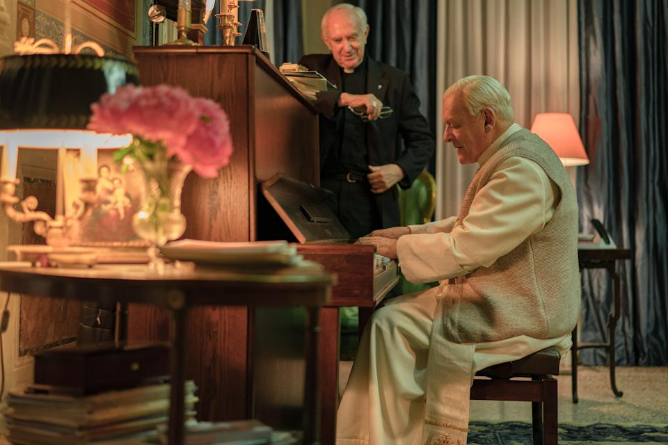 Jonathan Pryce (left) and Anthony Hopkins in The Two Popes. (PHOT: Netflix/Peter Mountain)