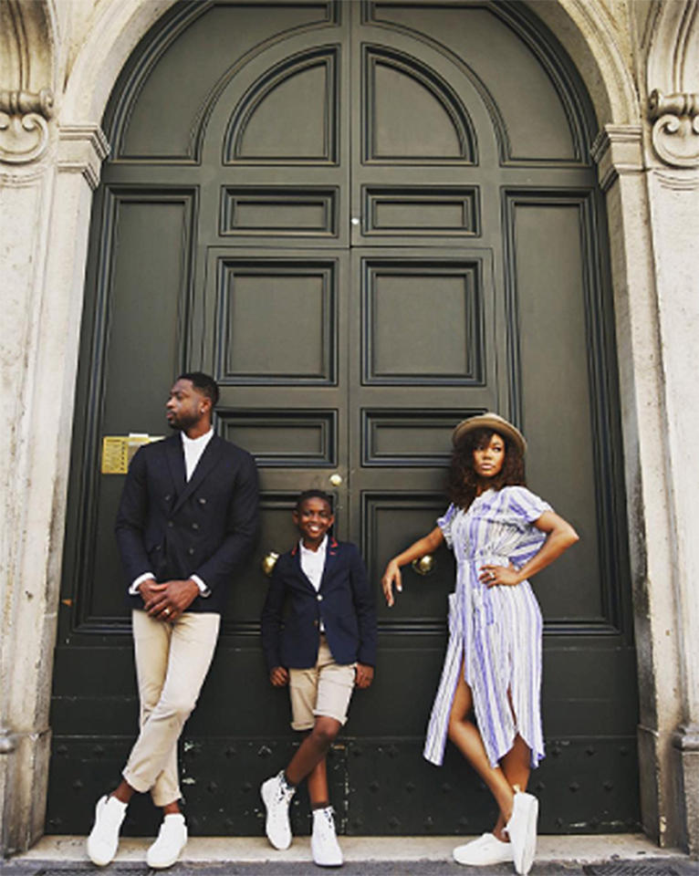 "<p>Big posing by big doors is always necessary. (Photo: <a rel=""nofollow"" href=""https://www.instagram.com/p/BVc7w4uAutT/?hl=en"">Dwyane Wade via Instagram</a>) </p>"