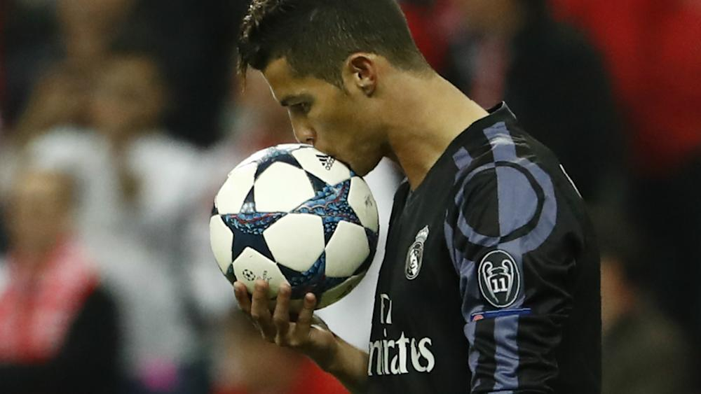 CRISTIANO RONALDO REAL MADRID UEFA CHAMPIONS LEAGUE 12042017