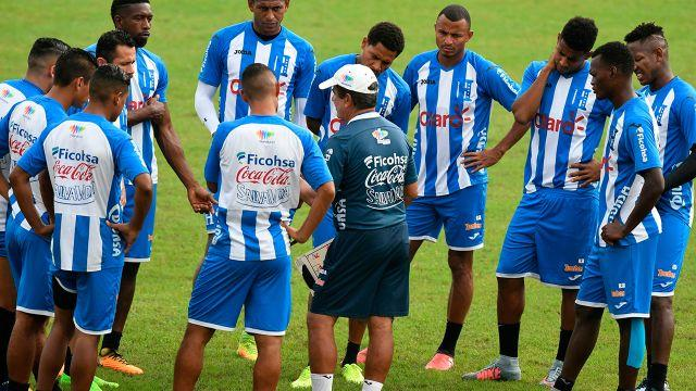 Honduras players hit the track in San Pedro Sula. Image: Getty