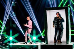 PORTL Hologram beamed Kane Brown from Nashville to L.A. to swing with Swae Lee and Khalid at the iHeartRadio Music Festival on The CW Network September 27 and 28. It was the first use of PORTL, the only life-sized, single-passenger holoportation device, by a major artist.