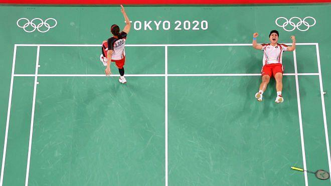 """<div class=""""paragraphs""""><p>Tokyo Olympics: Greysia Polii and Apriyani Rahayu celebrate after winning the gold medal</p></div>"""