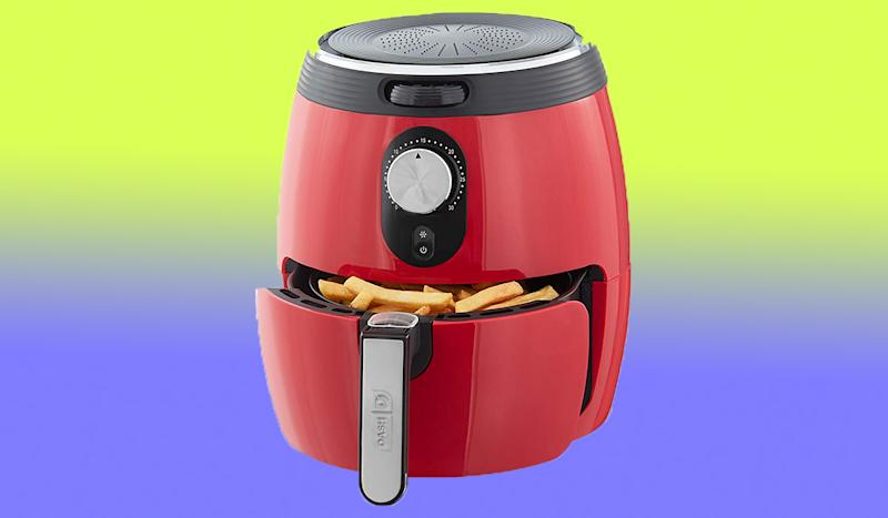 Score 35 percent off this gorgeous air fryer. (Photo: Amazon)