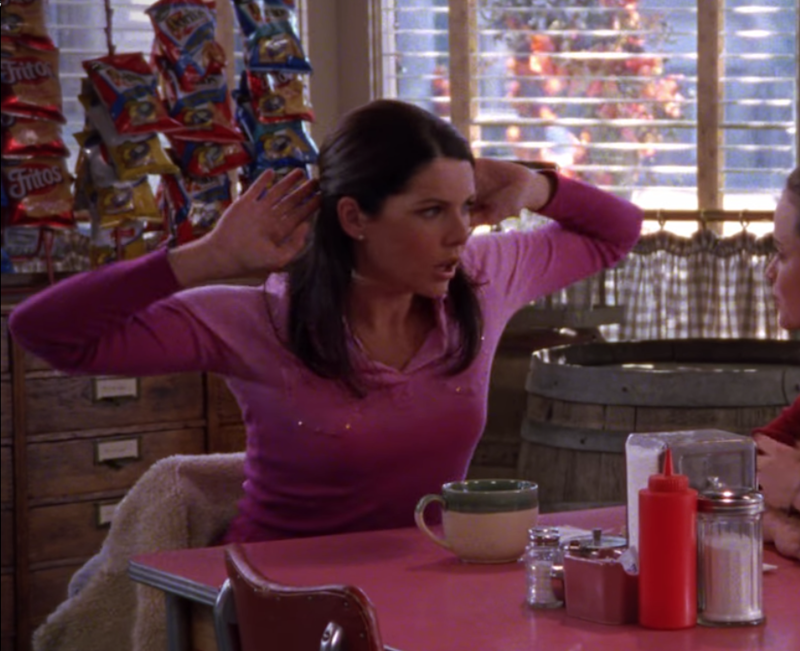 Ombre made a resurgence at the beginning of the 2010s, particularly in hair color, but Lorelai Gilmore was questionably rocking it—emblazoned with rhinestones, no less—all the way back in 2002.
