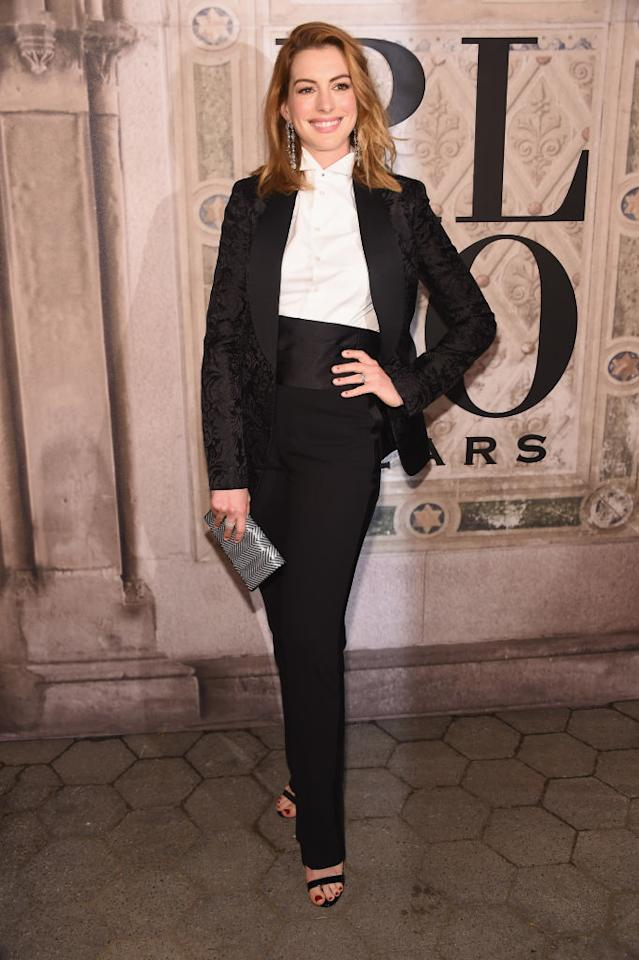 <p>Actress Anne Hathaway attends the Ralph Lauren 50th Anniversary show during New York Fashion Week at Bethesda Terrace on September 7, 2018 in New York City. (Photo: Gary Gershoff/WireImage) </p>