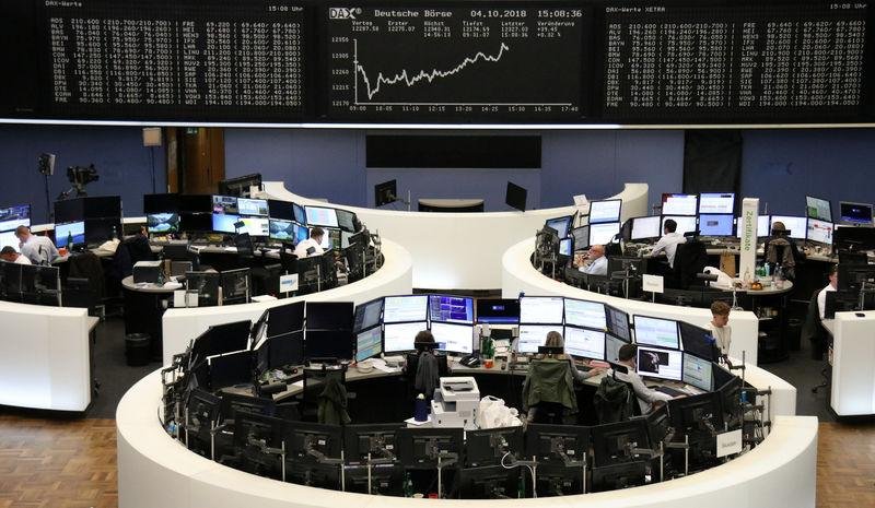 European shares dip as yields bite ahead of U.S. job data