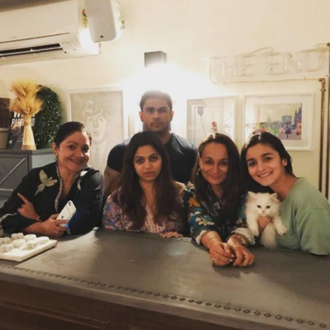 Alia Bhatt with her siblings