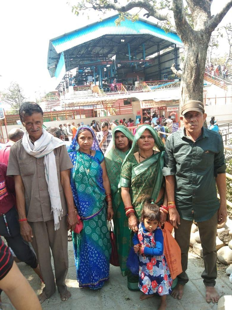 """<div class=""""paragraphs""""><p>After the Kumbh, the devotees from Vidisha proceeded ahead with their journey towards Naina Devi temple, Chandi Devi temple and Vaishno Devi temple in Jammu.</p></div>"""