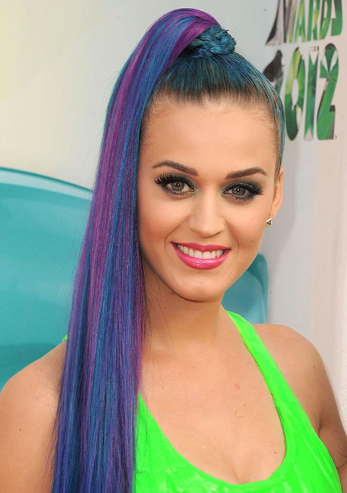 Katy Perry: She is never afraid to dip in and out of dye jobs. Katy's dual toned purple and cobalt colored locks were a complete head turner! How did you like her hair experiment?