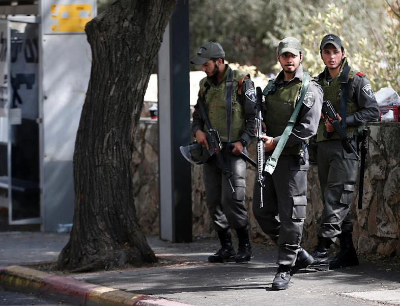 Israeli police have tightened security after a spate of knife attacks in Jerusalem and the West Bank in October 2015 (AFP Photo/Thomas Coex)