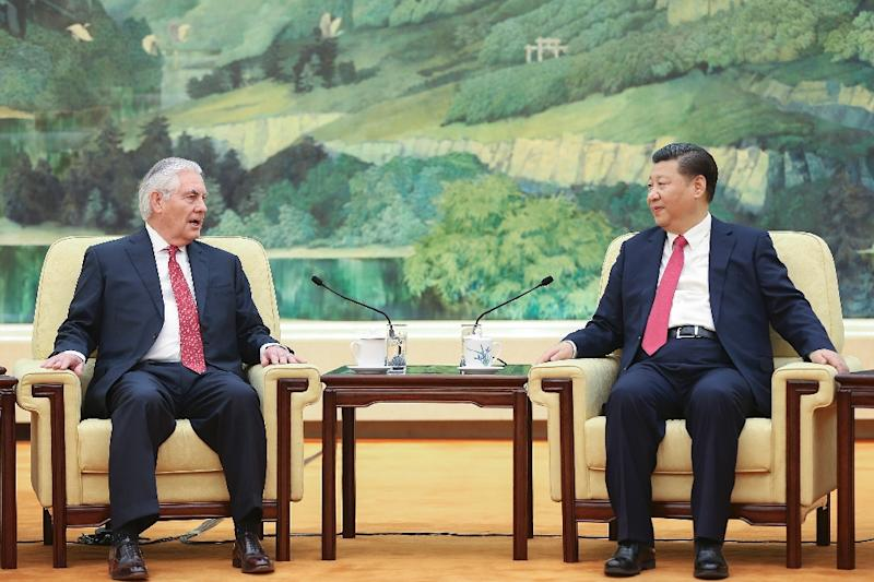 China's President Xi Jinping (R) meets with US Secretary of State Rex Tillerson, at the Great Hall of the People in Beijing, on March 19, 2017 (AFP Photo/Lintao Zhang)