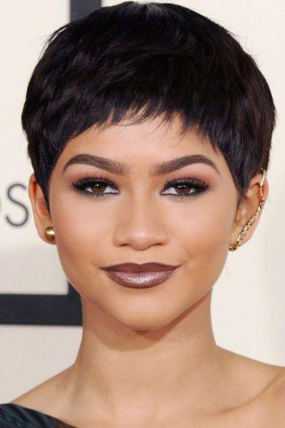 <p>Oh Zendaya how we love you. Wig or no, girl can work a crop.</p>
