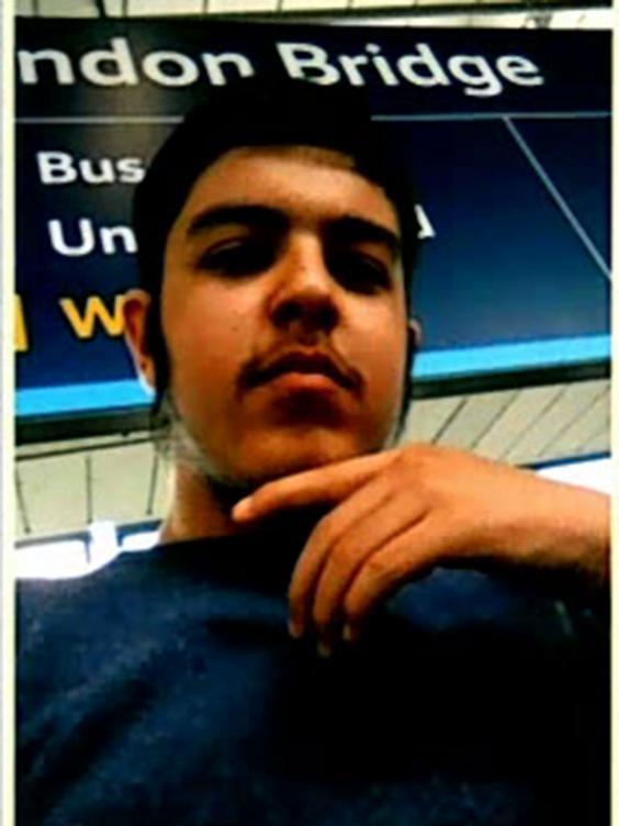 A selfie Ahmed took at London Bridge railway station (Counter Terrorism Policing South East)