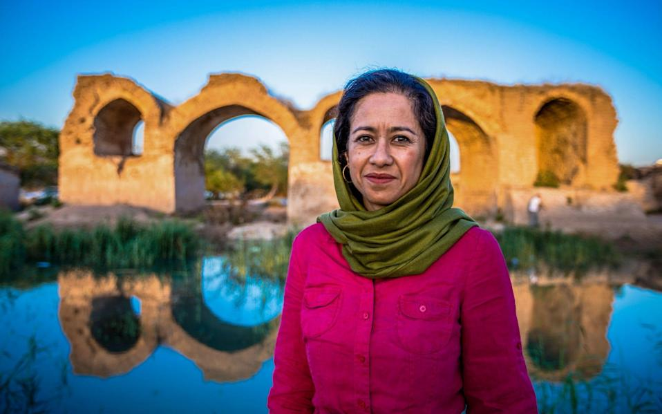 Samira Ahmed by the Bridge of Shadirwan in Shushtar - BBC