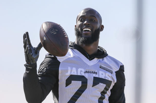"<a class=""link rapid-noclick-resp"" href=""/nfl/players/30117/"" data-ylk=""slk:Leonard Fournette"">Leonard Fournette</a>, pictured in January, stayed in the locker room during the playing of the national anthem on Thursday. ""Everyone has their own beliefs in certain things."" (AP)"